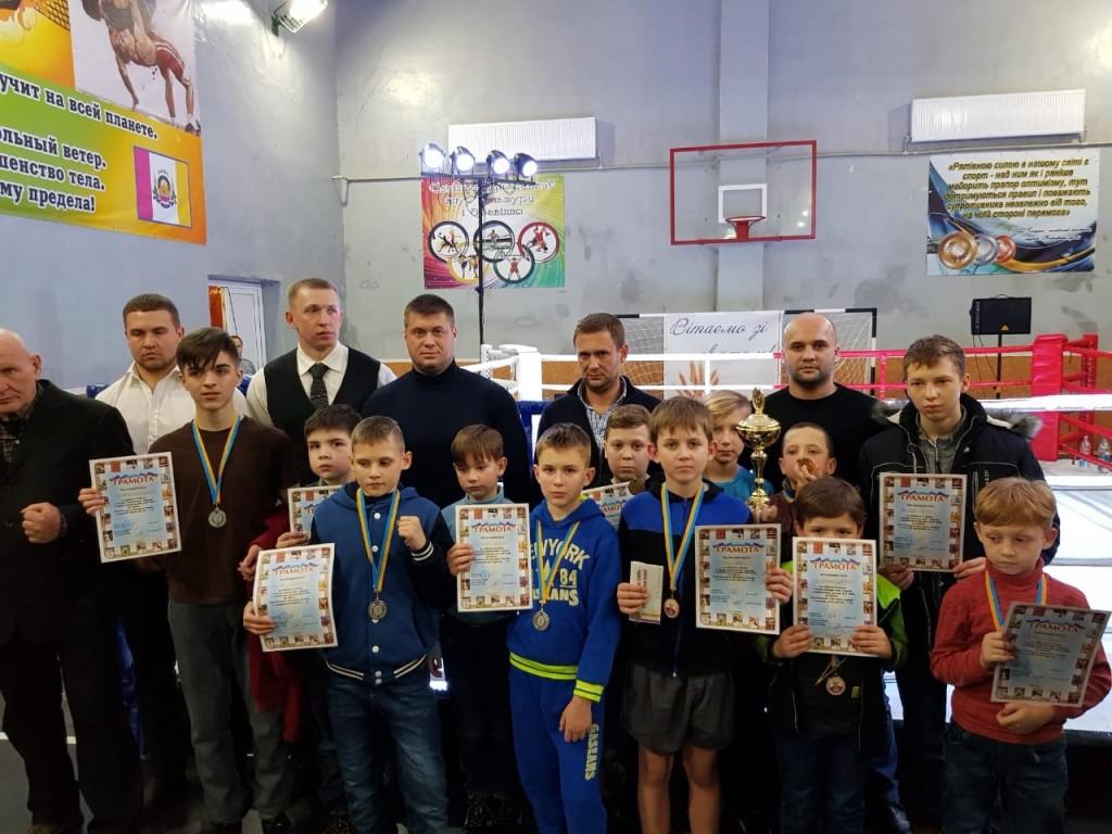 svatove-turnir-2019 Кращих визначили кікбоксери-юніори на відкритому турнірі Луганщиниsvatove turnir 2019  -